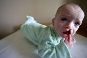 Наркоманка родила ребенка фото